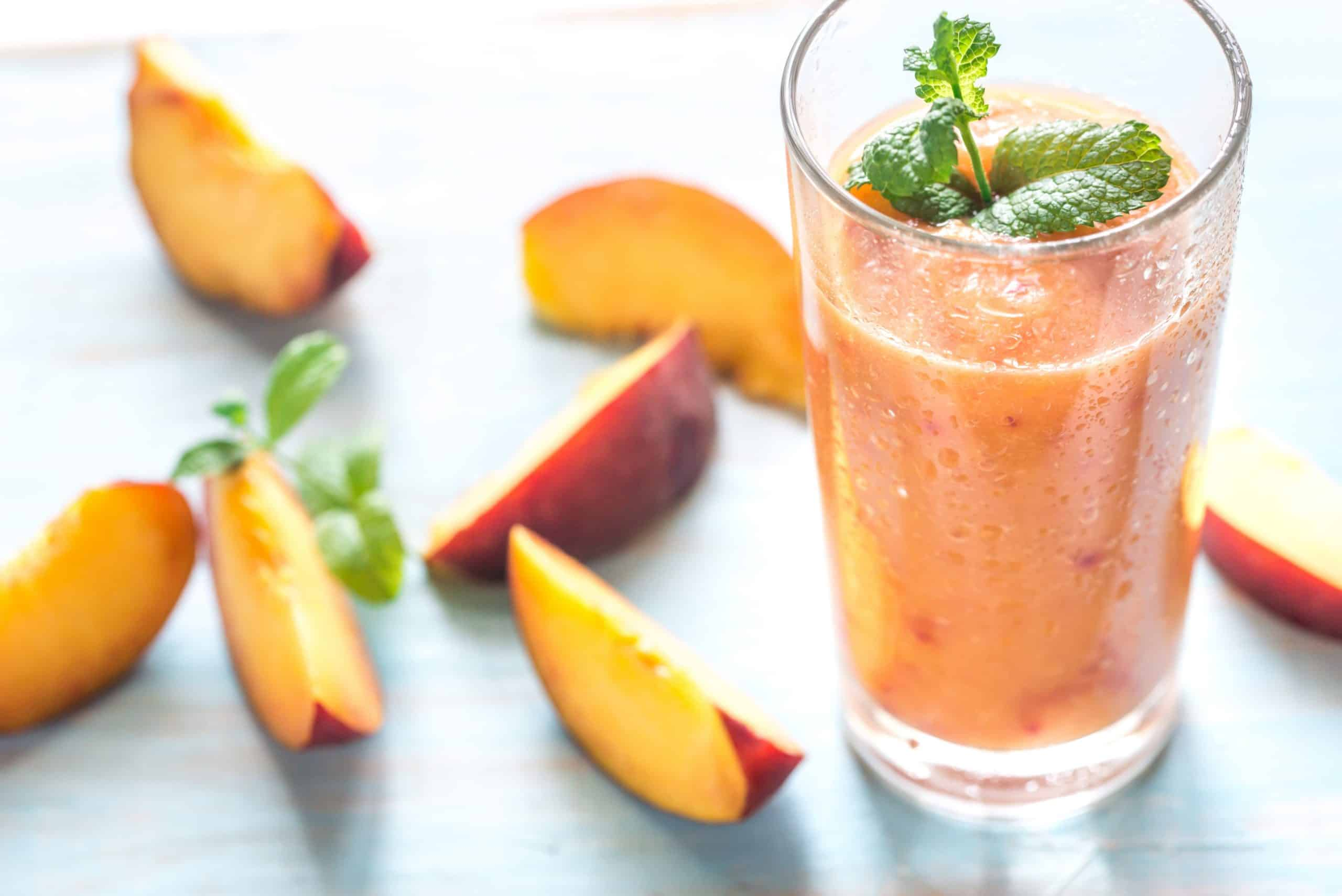 5 Types of Ingredients to Make Healthy Smoothies