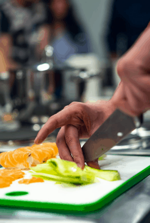 Apple Slicers Cut Perfect Slices Of Fruits And Save Your Time